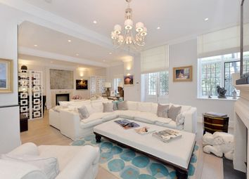 4 bed flat to rent in Cadogan Square, Knightsbridge SW1X