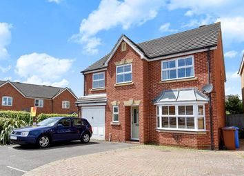 Thumbnail 4 bed detached house for sale in Hamilton Close, Bicester