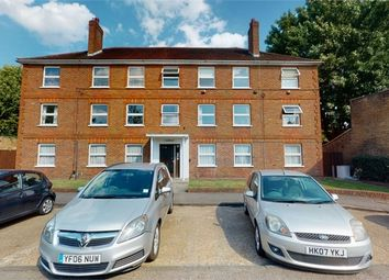 Twickenham Road, Isleworth, Middlesex TW7. 2 bed flat for sale