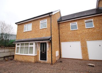 Thumbnail 3 bed terraced house for sale in Off Simmondley Lane, Glossop