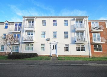 Thumbnail 1 bed flat to rent in Redwing, Aylesbury