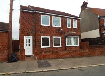 Thumbnail 1 bedroom maisonette for sale in Valley Road, Gillingham, Kent.