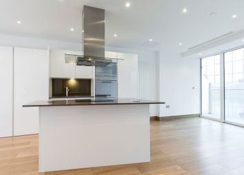 Thumbnail 1 bedroom flat for sale in Baltimore Tower, 25 Crossharbour Plaza, Canary Wharf, London