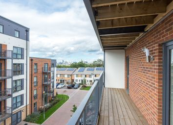 Thumbnail Flat to rent in 72 Fairthorn Road, London