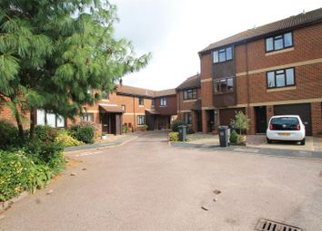 Thumbnail 2 bedroom flat to rent in The Courtyard, St. Botolphs Road, Worthing