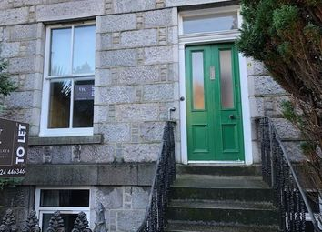 2 bed flat to rent in Chattan Place, Aberdeen AB10