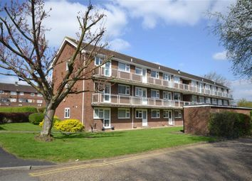 Thumbnail 2 bed flat for sale in Hughenden Road, St Albans, Hertfordshire