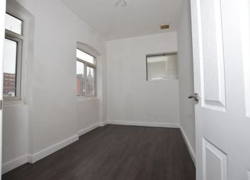2 bed flat to rent in Old Snow Hill, Birmingham B4