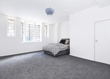 Thumbnail Room to rent in High Street, Chatham