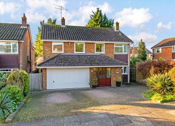 4 bed detached house for sale in Upton Close, Luton LU2