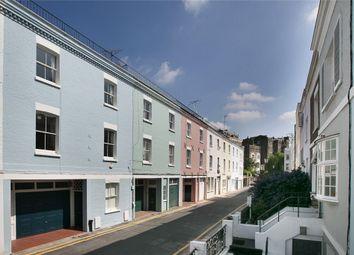 Redfield Lane, London SW5. 3 bed flat