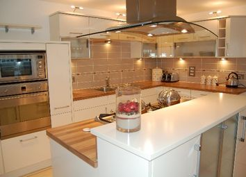 Thumbnail 2 bed flat to rent in Queens Highlands, Aberdeen