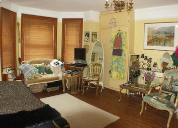 Thumbnail 1 bed maisonette for sale in Oakfield Road, Croydon, Surrey