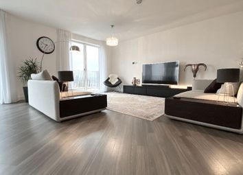 3 bed flat to rent in Park View Mansions, Olympic Park Avenue, London E20
