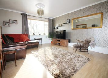 Thumbnail 2 bedroom flat for sale in Lambs Close, Cuffley, Potters Bar