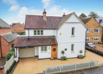 Westcar Lane, Walton-On-Thames KT12. 4 bed detached house for sale