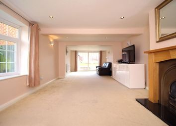Thumbnail 3 bedroom detached house to rent in Green Street Green Road, Lane End, Dartford