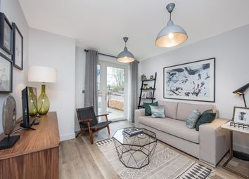 Thumbnail 2 bedroom flat for sale in Baudwin Road, Catford, London