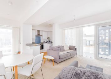 Ilford Hill, Ilford IG1. 2 bed flat