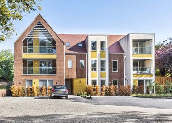 Foxley Lane, Purley CR8. 2 bed flat for sale