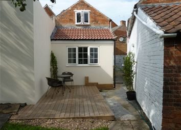 Thumbnail 1 bed flat to rent in Southgate, Sleaford, Lincs
