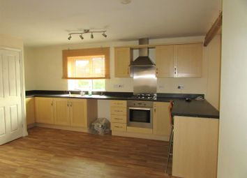 2 bed maisonette to rent in Danes Close, Grimsby DN32