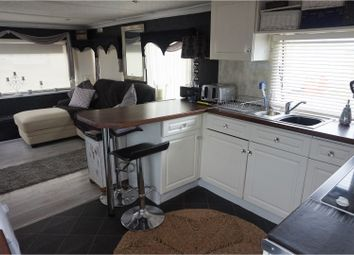 Thumbnail 1 bedroom mobile/park home for sale in Belsize Avenue, Clacton-On-Sea