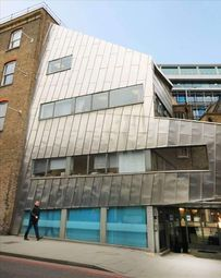 Serviced office to let in King's Cross Road, London WC1X