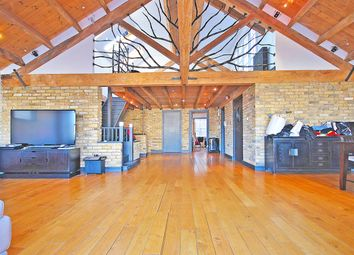 Thumbnail 2 bed maisonette to rent in Paul Street, Shoreditch