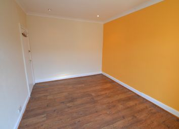 Thumbnail 6 bed terraced house to rent in Glenny Road, Barking