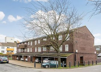 Thumbnail 2 bedroom maisonette to rent in Olley Close, Wallington