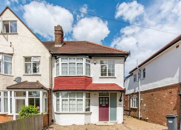Thumbnail 4 bed property to rent in Hall Road, Isleworth