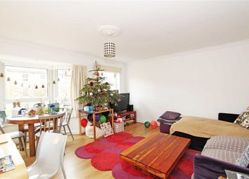 Thumbnail 2 bed flat to rent in Osier Mews, London