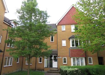 Thumbnail Flat for sale in Redoubt Close, Hitchin
