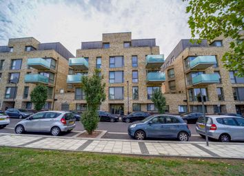 Hilltop Avenue, London NW10. 2 bed flat