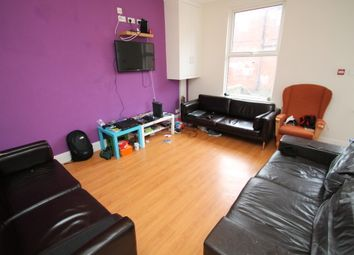 Thumbnail 6 bed terraced house to rent in All Bills Included, Cardigan Lane, Hyde Park