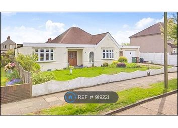 Thumbnail 4 bed bungalow to rent in Rutland Avenue, Sidcup