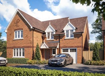 4 bed detached house for sale in Foxhill Close, Playhatch, Reading RG4