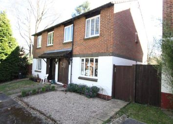 1 bed maisonette to rent in Overthorpe Close, Knaphill, Woking GU21