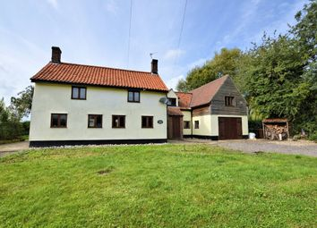 Thumbnail 5 bed detached house to rent in Poplar Road, Attleborough
