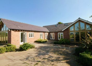 4 bed barn conversion to rent in Barnshaw, Holmes Chapel, Crewe CW4