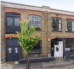 Office to let in Darnley Road, London E9