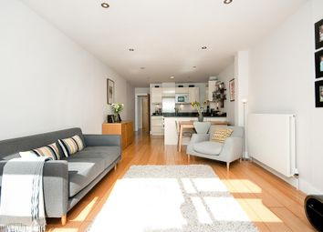 Thumbnail 1 bed flat to rent in Bastwick Street, London