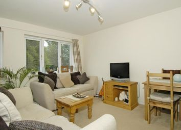Thumbnail 2 bedroom flat to rent in Scotts Avenue, Sunbury On Thames