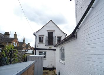Thumbnail 1 bed detached house to rent in Stanley Street, Bedford