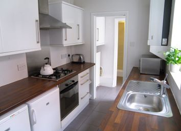 Thumbnail 2 bedroom terraced house to rent in Liverpool Road, Reading