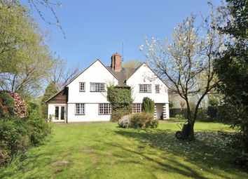 Thumbnail 5 bed cottage for sale in Hadlow Road, Willaston, Cheshire