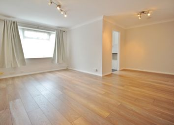 Thumbnail 2 bed flat to rent in Merton Lodge, 45-47 Lyonsdown Road, Barnet, London