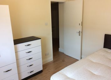 Thumbnail Room to rent in Almond Grove, Brentford