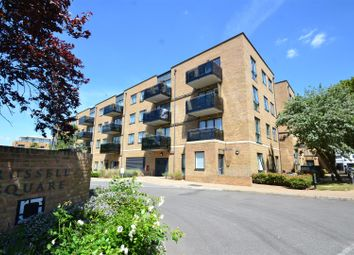 Thumbnail 2 bedroom property to rent in Russells Crescent, Horley